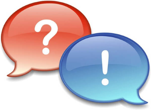 Red and blue speech bubbles